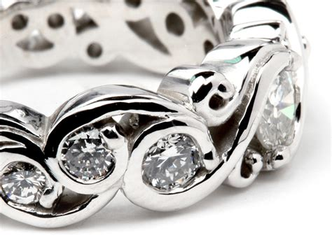 plain hair band white gold vs platinum for wedding rings what 39 s the