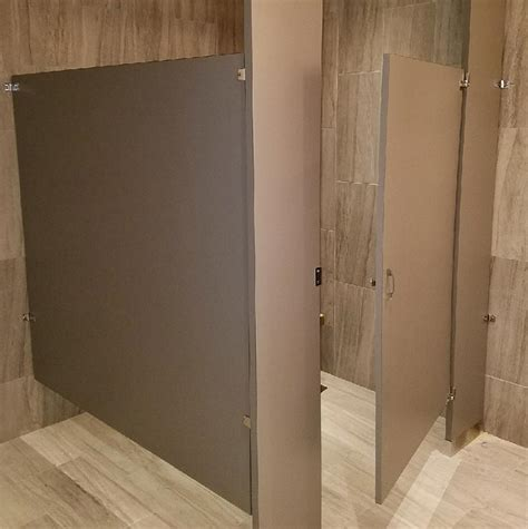 toilet partitions  hardware tereses top works