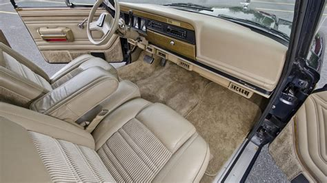 1991 jeep wagoneer interior 1991 jeep grand wagoneer s40 harrisburg 2014
