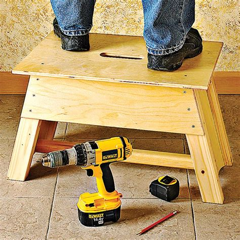 stool tool tote combo woodworking plan  wood magazine