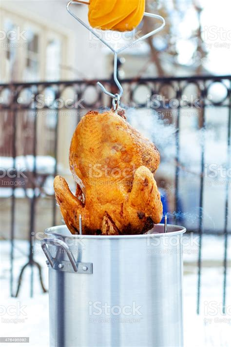 turkey oil deep thanksgiving frying christmas istock only