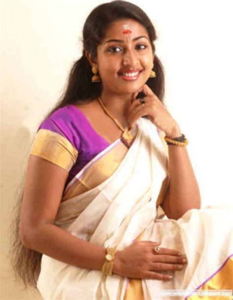Navya Nair Sex Free Real Tits