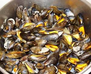 Moules marinières : Recette de Moules marinières Marmiton