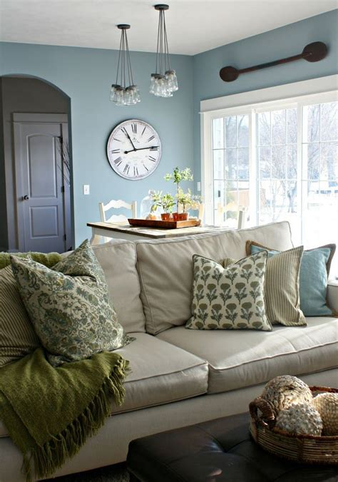 farmhouse living room 27 comfy farmhouse living room designs to digsdigs Colorful