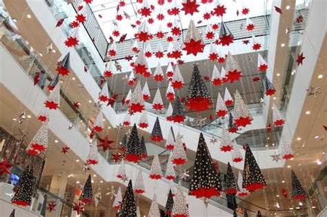 minute holiday shopping  peter jones  chelsea