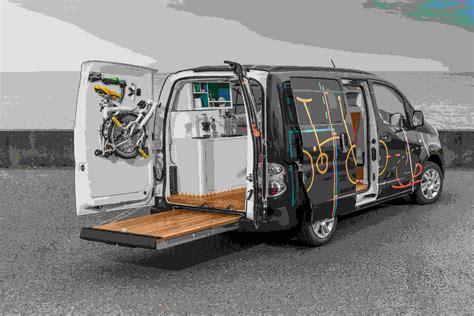 bureau mobile sanef bureau mobile installé dans un fourgon électrique nissan