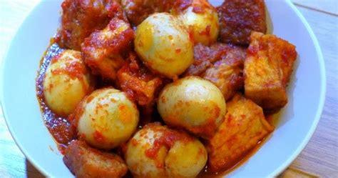 bali telur tahu tempe fried tempeh tofu  boiled egg