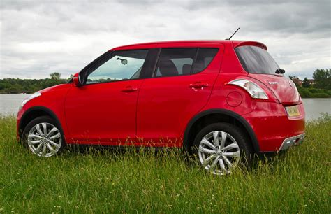 Suzuki All Wheel Drive by Suzuki Facelifted With All Wheel Drive But Not For