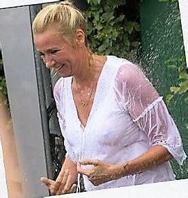 Topless andrea kiewel Andrea Kiewel
