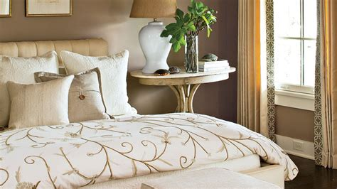 How To Your In Bed by How To Make The Bed Southern Living