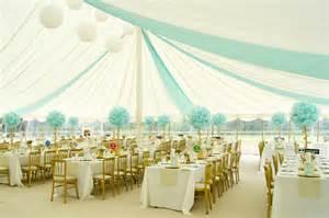 pompon mariage pompons en papier de soie pour décoration de fête décoration mariage tendance