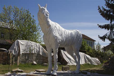 Jau pavisam drīz spoku zirgs dosies uz Daugavpili ...