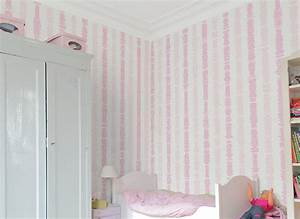 frise papier peint chambre fille ralisscom With papier peint fille chambre