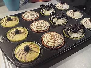 Gruselige Bastelideen Zu Halloween : halloween muffins rezept mit bild von muffin bakery ~ Lizthompson.info Haus und Dekorationen