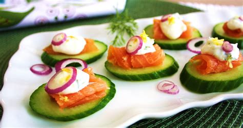 canapes for simple and delicious smoked salmon canapés
