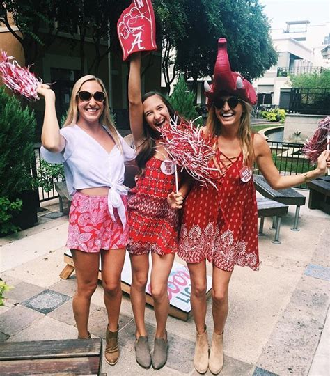 Top 12 Game Day Outfits at the University of Alabama - Society19