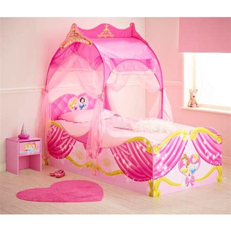 chambre fille princesse disney 28 best images about chambre enfant princesse on