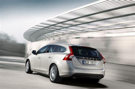 2018 Volvo V60 Plug In Hybrid Station Wagon To Debut At