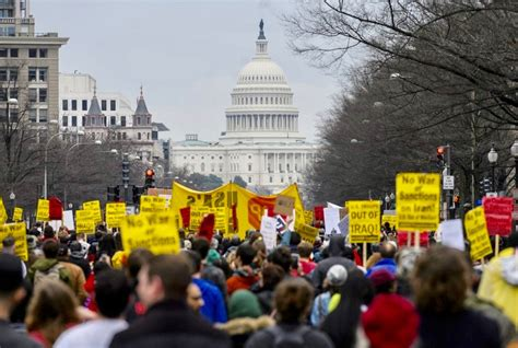 war iran protest protests iraq cities american against protesters eye anti middle east air