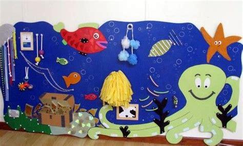 petit bureau en bois hop 39 toys solutions pour enfants exceptionnels