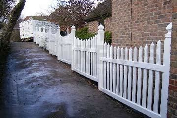 picket fence curved white   mm
