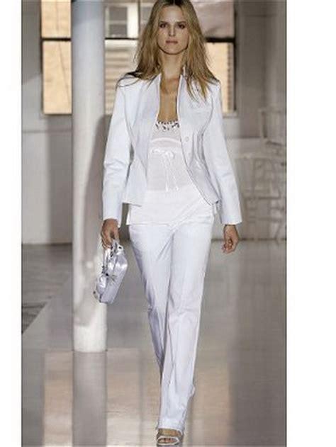 tailleur pantalon femme chic pour mariage blanc tailleur femme mariage