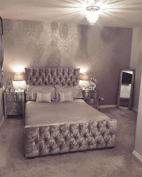 glitter wallpaper bedroom ideas best silver bedroom ideas on silver bedroom decor silver glitter