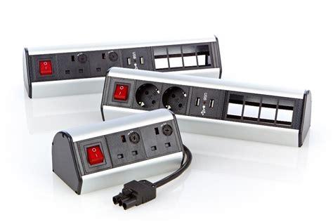 des bureaux d 騁ude 555 280 bandeaux électriques de bureau excel 2 x prises schuko excel networking