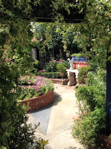 a secret garden get prices for reception venues in