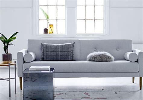 deco canapé gris 65 idées déco pour accompagner un canapé gris