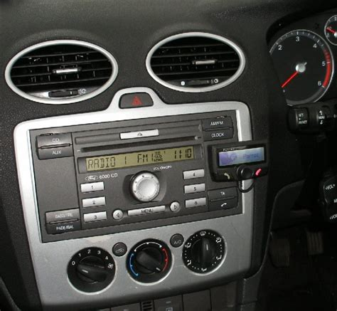 parrot ck3100 in ford focus 56 plate jpg photo mobile radio fitter photos at pbase com