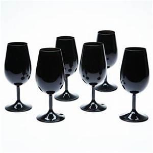 Verre A Vin Noir : verre inao noir brillant ~ Teatrodelosmanantiales.com Idées de Décoration