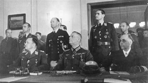 accadde oggi  maggio  la germania firma la resa
