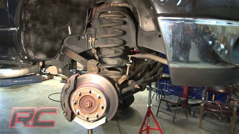 rough countrys   dodge   coil leveling kit