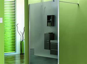 une salle de bain design avec la paroi de douche miroir With carrelage adhesif salle de bain avec par led zoom