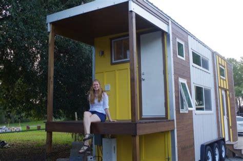 design my own bathroom free emily 39 s 24 39 tiny house on wheels