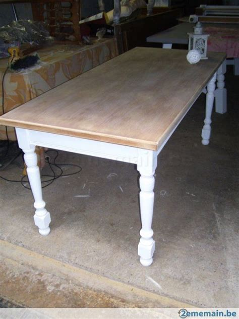 relooker chaise en bois table de ferme patine blanche et bois brut déco cosy meubles cuisine et tables
