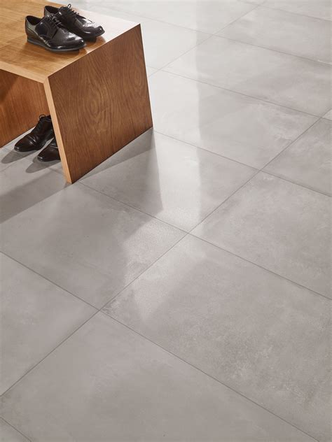 porcelain stoneware flooring with concrete effect tool by