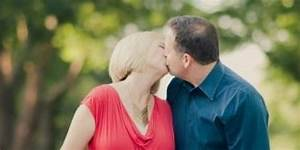 The Agony Of Seeing Your Parents Kiss  Illustrated In One