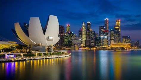 7 Fun Attractions You Must Visit in Singapore   Freedom Wall