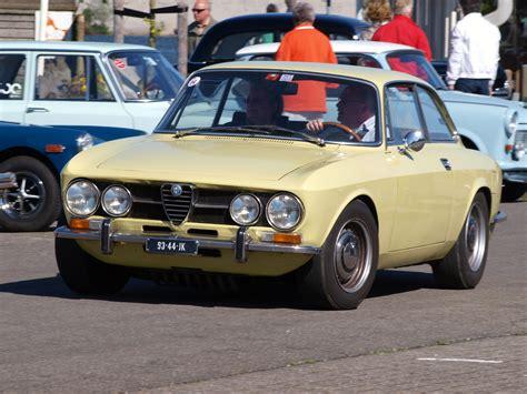 Alfa Romeo 1750 Gtv by File 1969 Alfa Romeo 1750 Gtv Pic4 Jpg