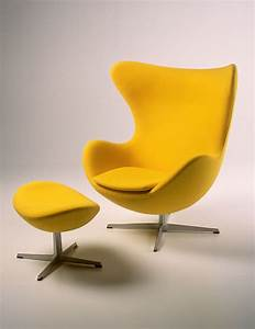 Egg Chair Arne Jacobsen : just sit on yellow history of design ~ Bigdaddyawards.com Haus und Dekorationen