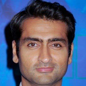 kumail nanjiani from iowa kumail nanjiani bio facts family famous birthdays