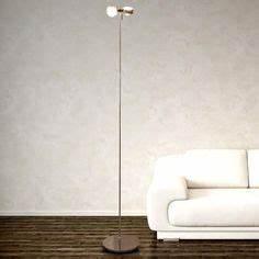 Stehlampe Brauner Schirm : die besten 25 lampe holz dreibein ideen auf pinterest stehlampe stehlampe wei und wei e ~ Markanthonyermac.com Haus und Dekorationen