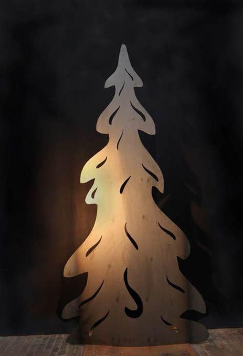 meter grosser tannenbaum aus stahl