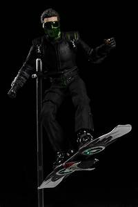 Review and photos of Green Goblin sixth scale action ...