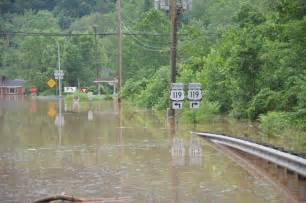 ... toll grows: At least 26 dead in <b>West Virginia flooding</b>   FOX6Now.com