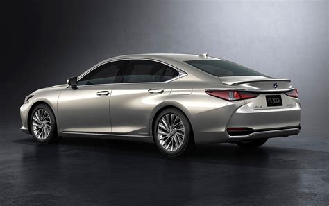 lexus es revealed hybrid es  confirmed