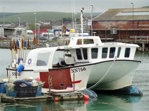 Fishing Boat Hire Southton by Sutton Workboat Newhaven Fafb