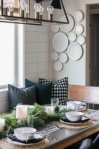 Christmas, Table, Setting, In, The, Breakfast, Nook